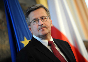Бронислав Коморовски