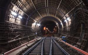 Тунел на метро